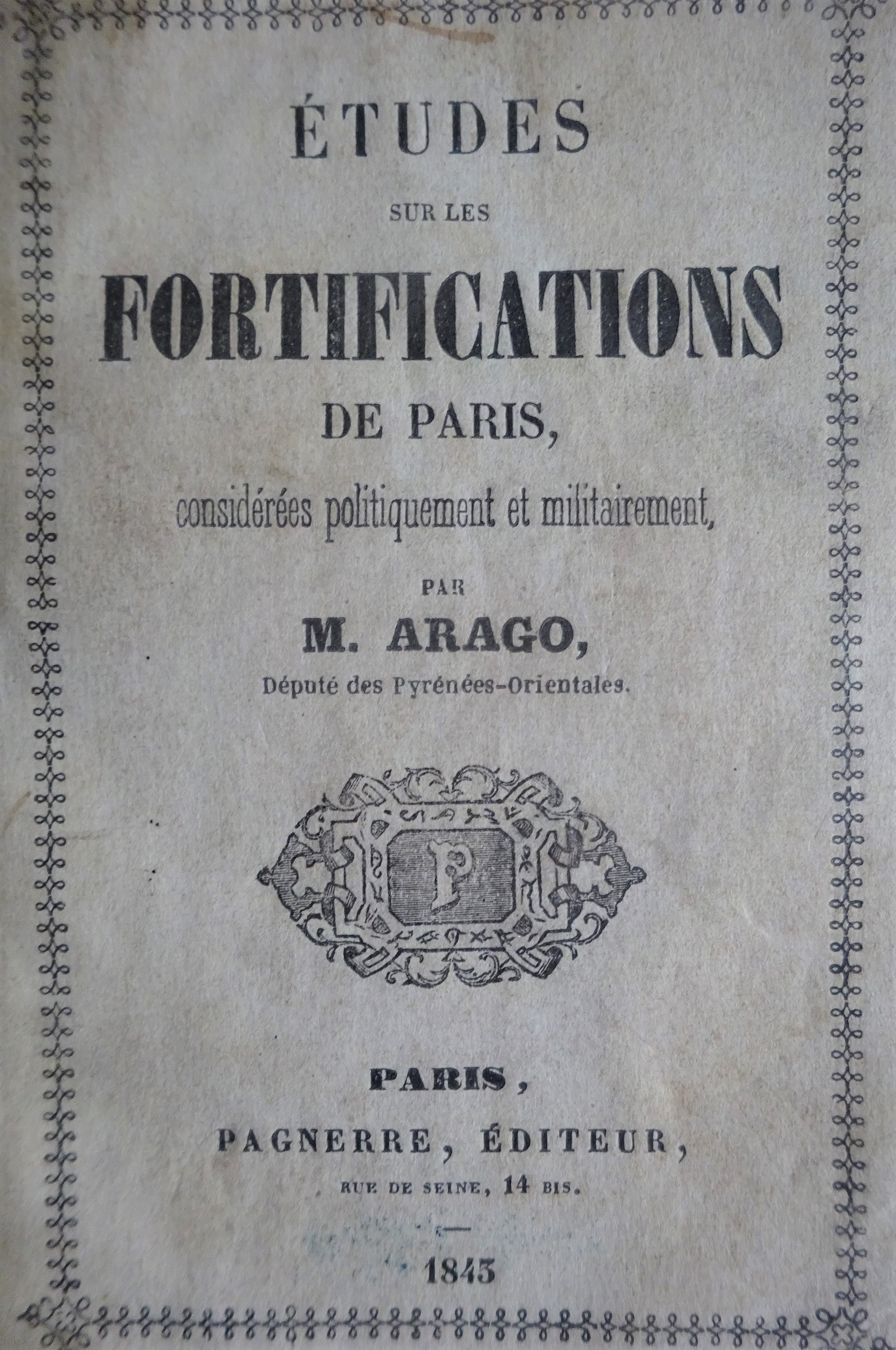 Etudes sur les fortifications de Paris